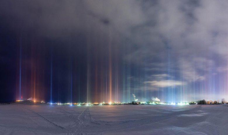 ستون های نوری مرموز کانادا