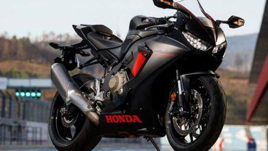 تصویر از موتورسیکلت هوندا CBR1000RR Fireblade