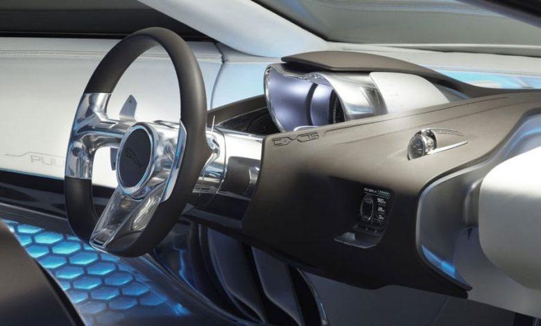موتور Jaguar در پشت راننده