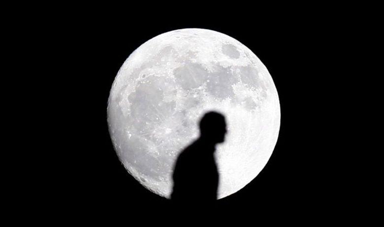 تاثیر ماه بر روی کره زمین