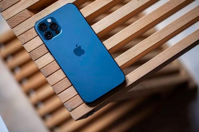 Apple's iPhone دارای مشکل اعلان پیامک ها است